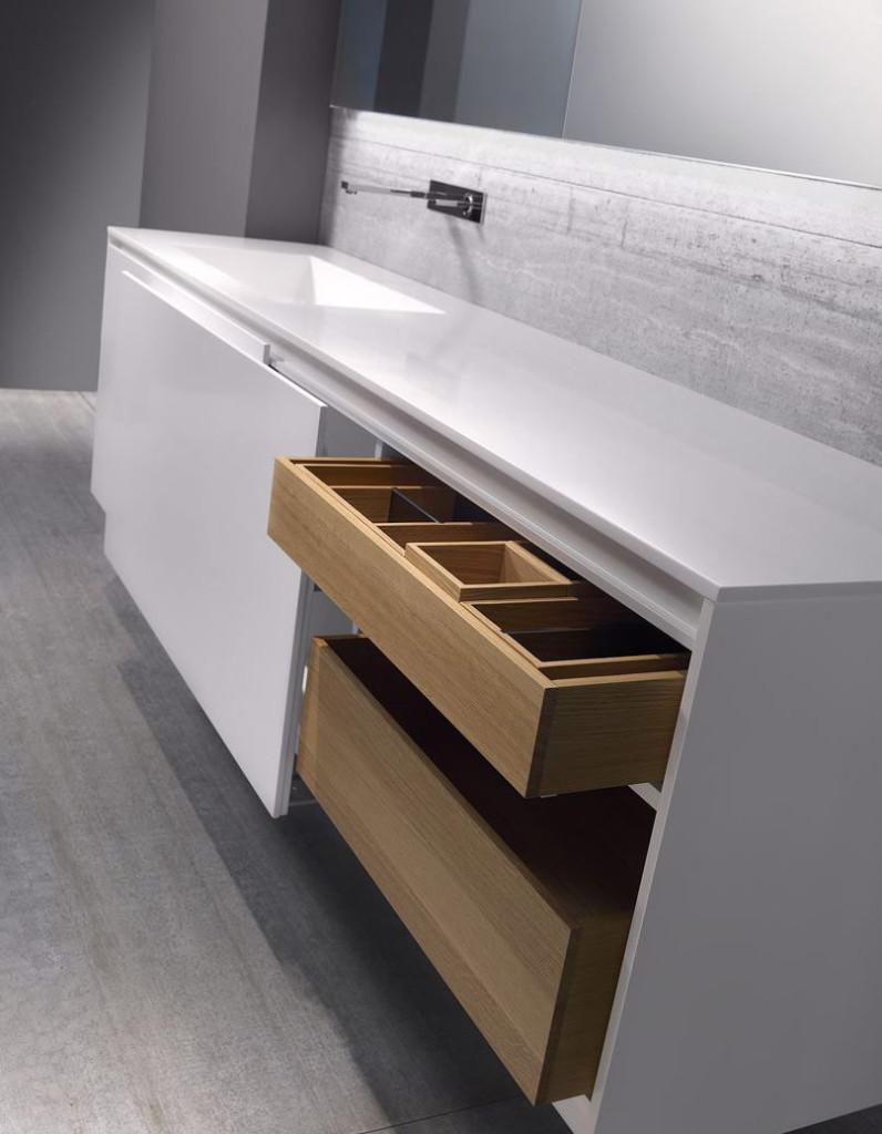 møbel til badeværelse